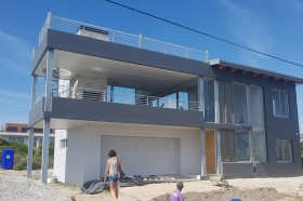 Construction-hermanus-exclusive-works-2